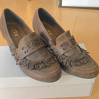 アクシーズファム(axes femme)の❣️お値下げしました❣️❤︎アクシーズファムフラワーカット❤︎ローファー(ローファー/革靴)