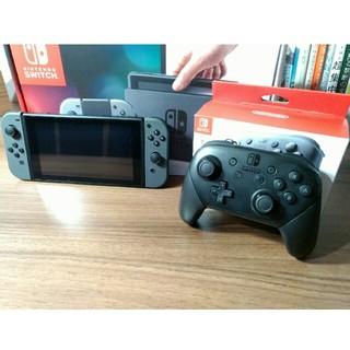 ニンテンドースイッチ(Nintendo Switch)のニンテンドースイッチ ほぼ新品(家庭用ゲーム機本体)