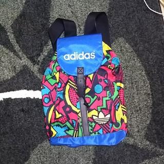 アディダス(adidas)の《adidas originals》 アディダス リュック(リュック/バックパック)