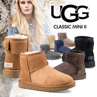 アグ(UGG)のUGG CLASSIC MINI II 1016222 ブーツ(ブーツ)