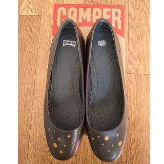 カンペール(CAMPER)のCAMPER カンペール ドット柄パンプス サイズ25.5(ハイヒール/パンプス)