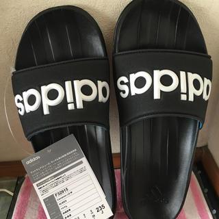 アディダス(adidas)のアディダス adidas サンダル ブラック黒 23.5 新品(サンダル)
