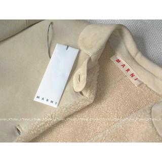 マルニ(Marni)の美品 MARNI マルニ オフホワイト ムートン コート(毛皮/ファーコート)