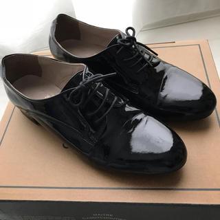 ジュゼ(Juze)のクーポン5%オフ フラットシューズ レースアップ エナメル ブラック 23.5(ローファー/革靴)
