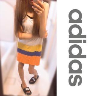 アディダス(adidas)のadidas 💗 胸元ロゴ入りタンクワンピ L(ミニワンピース)