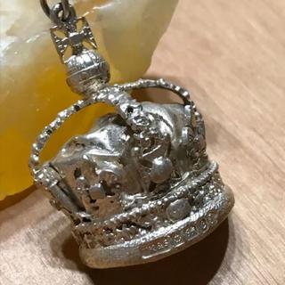 大英帝国王冠シルバー製ペンダントトップ スターリングシルバー1977年(金属工芸)