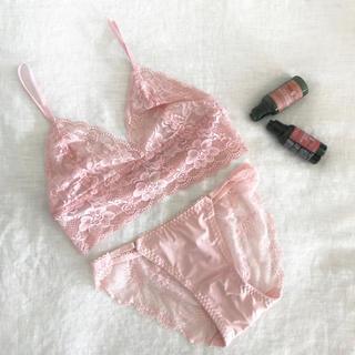 ヴィクトリアズシークレット(Victoria's Secret)の新品 ブラレット&ショーツ セット★ブラ&ショーツ ランジェリー ナイトブラ(ブラ&ショーツセット)