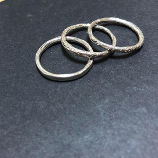 イオッセリアーニ(IOSSELLIANI)のIOSSELLIANI イオッセリアーニ リング 3連セット(リング(指輪))