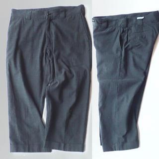 サイラス(SILAS)のSILASサイラス パンツ 半端丈 ストレート 32スラックス チャコールグレー(スラックス)
