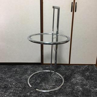オオツカカグ(大塚家具)のアイリーン・グレイ サイドテーブル(コーヒーテーブル/サイドテーブル)