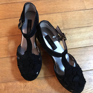 インゲボルグ(INGEBORG)のインゲボルグ スエード靴超美品  黒。サイズL,23.5KANEKO  ISAO(サンダル)