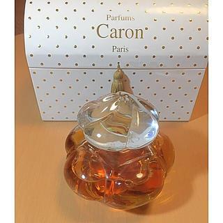 キャロン(CARON)のCARON キャロン・モンテーニュ香水150ml 箱入 バカラフラコン(香水(女性用))