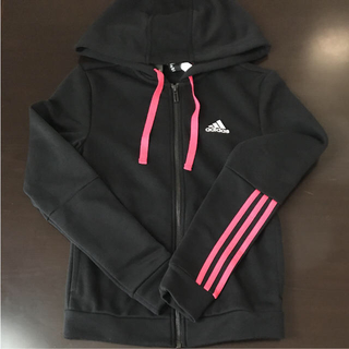 アディダス(adidas)のSサイズ パーカー ブラック×ピンク 140㎝ スウェット上下 グレー(パーカー)