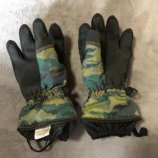 モンベル(mont bell)のスキー用手袋 キッズ 110サイズ 迷彩柄 送料込!値下げしました!(ウエア/装備)
