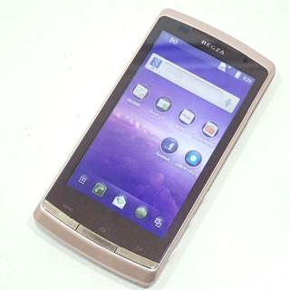 トウシバ(東芝)のD61 白ロム au TOSHIBA REGZA Phone IS11T(スマートフォン本体)