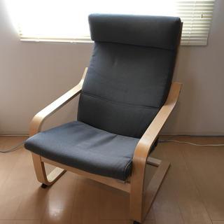 イケア(IKEA)のポエングアームチェア(IKEA)1人掛けソファー(一人掛けソファ)