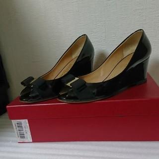 サルヴァトーレフェラガモ(Salvatore Ferragamo)のフェラガモ 靴(ハイヒール/パンプス)