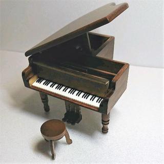 アンティーク木製ミニピアノオルゴール(オルゴール)