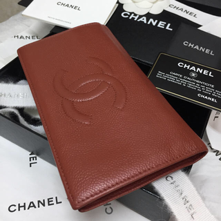 シャネル(CHANEL)の美品✨CHANEL長財布✨デカココマーク✨キャビアスキン✨二つ折り✨秋色レンガ✨(財布)