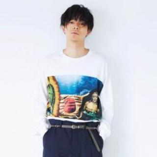 トーガ(TOGA)の[成田凌さん着用]TOGA VIRILIS プリントロングスリーブTシャツ(Tシャツ/カットソー(七分/長袖))