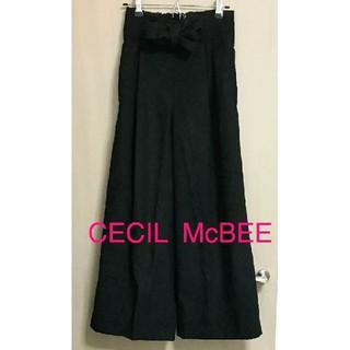 セシルマクビー(CECIL McBEE)のセシルマクビー ガウチョパンツ ワイドパンツ Mサイズ 黒(カジュアルパンツ)