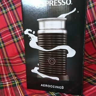 ネスレ(Nestle)のNespressoエアロチーノ3(エスプレッソマシン)