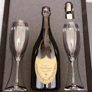 ドンペリニヨン(Dom Pérignon)の【ギフトセット】ドンペリ ニヨン白 国内正規品(シャンパン/スパークリングワイン)