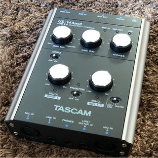 TASCAM オーディオインターフェース(オーディオインターフェイス)