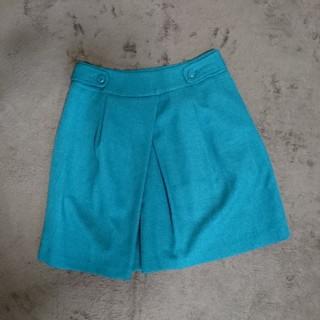 シーディーエスベーシック(C.D.S BASIC)のグリーンスカート(ミニスカート)