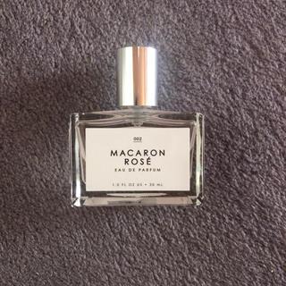 アーバンアウトフィッターズ(Urban Outfitters)のUrban Outfitters MACARON ROSE 30ml(香水(女性用))