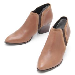 サヴァサヴァ(cavacava)の新品 定価18900円 cavacava 羊革ブーツ  22.5〜24.5(ブーツ)
