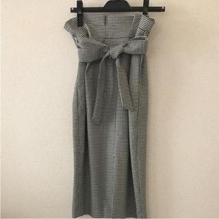 ティアラ(tiara)の美品★Tiara おリボン付きセミタイトスカート(ひざ丈スカート)