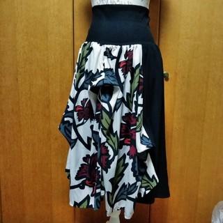 アンティカ(antiqua)の2wayアシメトリー花柄×チェックスカートD(ロングスカート)