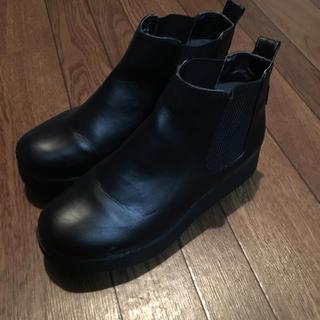 ヌォーボ(Nuovo)のサイドゴアブーツ  黒  M   23.5〜24.0cm(ブーツ)