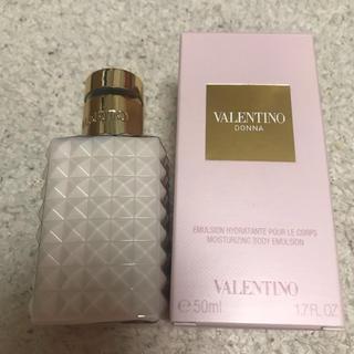 ヴァレンティノ(VALENTINO)のヴァレンティノ valentino  DONNA ボディローション50ml(ボディローション/ミルク)
