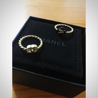 シャネル(CHANEL)のCHANEL♡カメリア  二連リング(リング(指輪))
