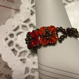 赤系3色スワロフスキーのリング(リング(指輪))