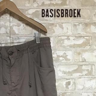 バージスブルック(BASISBROEK)のバージスブルック イージーパンツ 来週で取り下げ(その他)