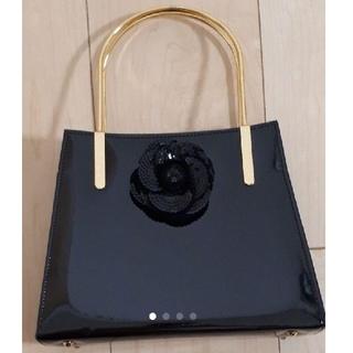 ハナエモリ(HANAE MORI)のHANAE MORI エナメルパーティーバック 美品(ハンドバッグ)