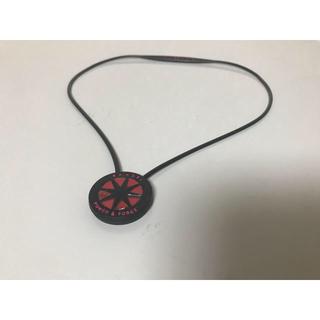 ナイキ(NIKE)のBANDEL ネックレス 黒 ピンク45センチ(ネックレス)