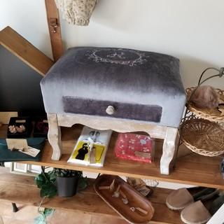 マーベラスドロアースツール 椅子 オットマン(オットマン)