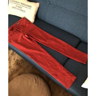 ゴーサンゴーイチプーラファム(5351 POUR LES FEMMES)の5351 赤のストレッチパンツ(カジュアルパンツ)