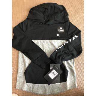 ハーレー(Hurley)の《新品》ハーレー Hurley 薄手フード付きパーカー 黒×グレー(ジャケット/上着)