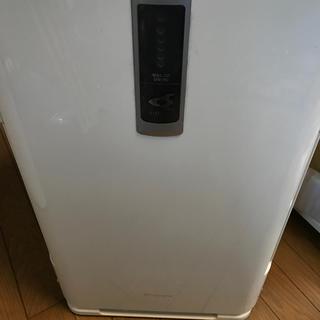 ダイキン(DAIKIN)の除加湿清浄機   ダイキンクリアフォース(空気清浄器)