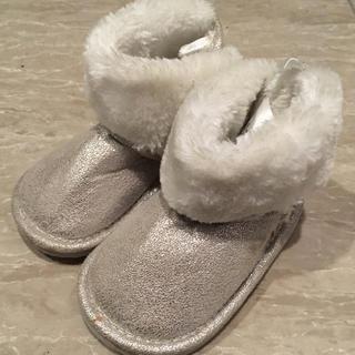 エイチアンドエム(H&M)の新品✨H&M❤️ベビームートンブーツ(ブーツ)