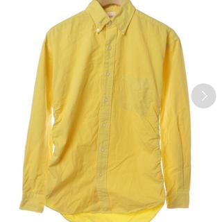 ソーイ(SOE)のSOE ソーイ シャツ 黄色 イエロー(シャツ)