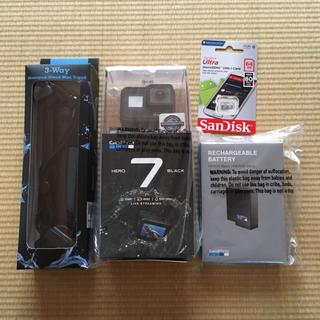 ゴープロ GoPro HERO7 black 4点セット(ビデオカメラ)