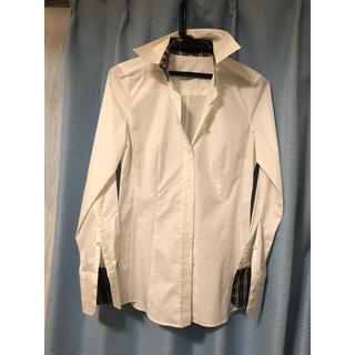 バーバリーブラックレーベル(BURBERRY BLACK LABEL)のバーバリー 白シャツ 細身 襟と袖内チェック(シャツ/ブラウス(長袖/七分))