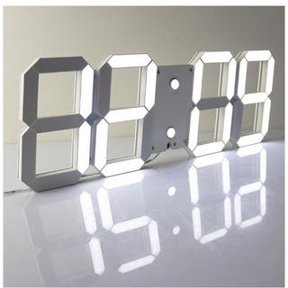 ★とってもオシャレ★LEDデジタル時計 3Dデザイン アラーム機能付き(置時計)