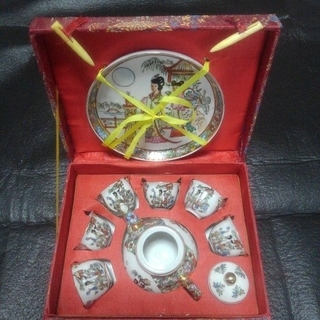中国茶器セット  女性(陶芸)